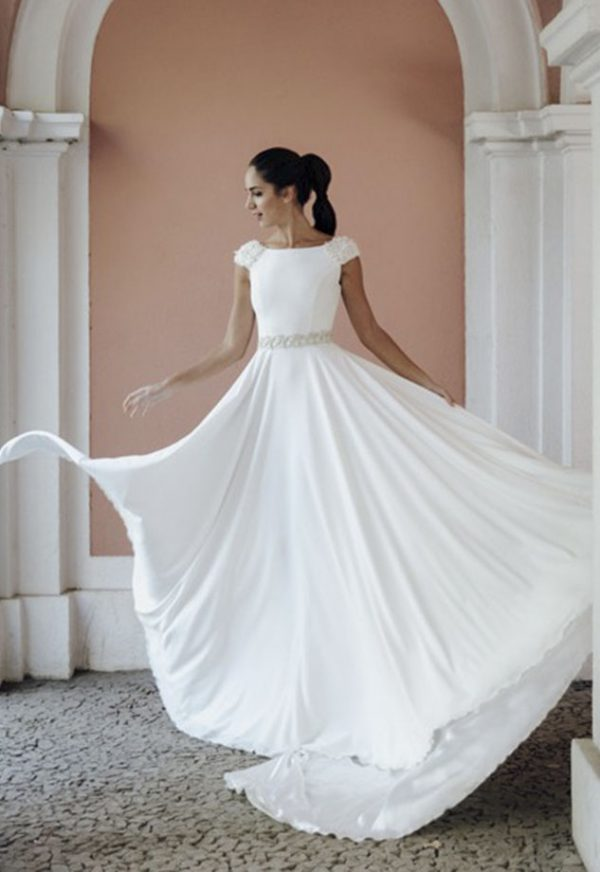 Vestidos de Novia Madrid Me pido este Vestido Coleccion Chameleon | Victoria Imaz > Corte Capa 1 1